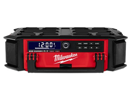 Milwaukee M18 PACKOUT Radio + Charger